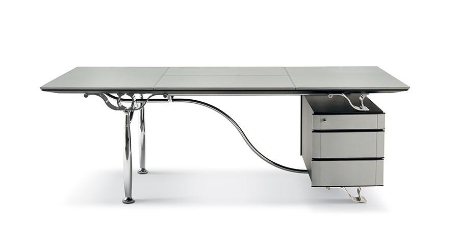 Poltrona Frau - corinthia-desk -