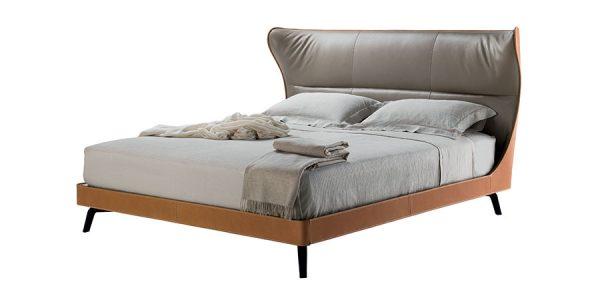 Poltrona Frau: MAMY BLUE BED
